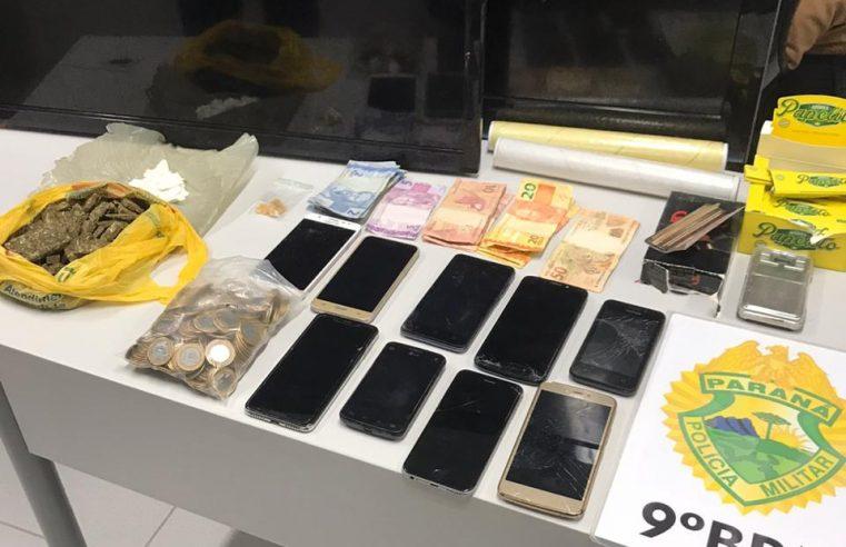 ROTAM realiza apreensão de drogas na Estradinha, em Paranaguá