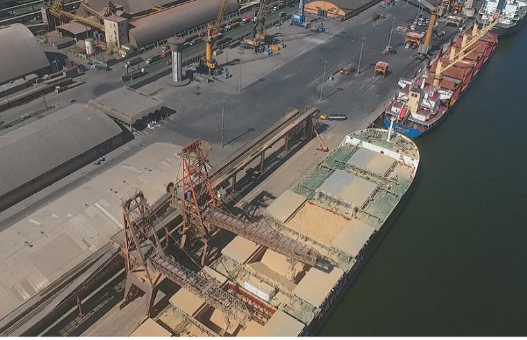 Porto de Paranaguá fará melhorias em toda a extensão portuária