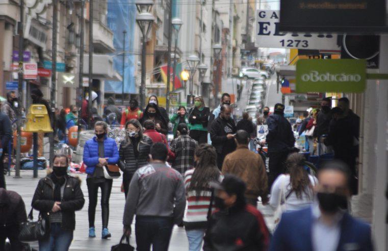 Comércio registra alta de 8% em junho e tem segundo mês seguido de recuperação