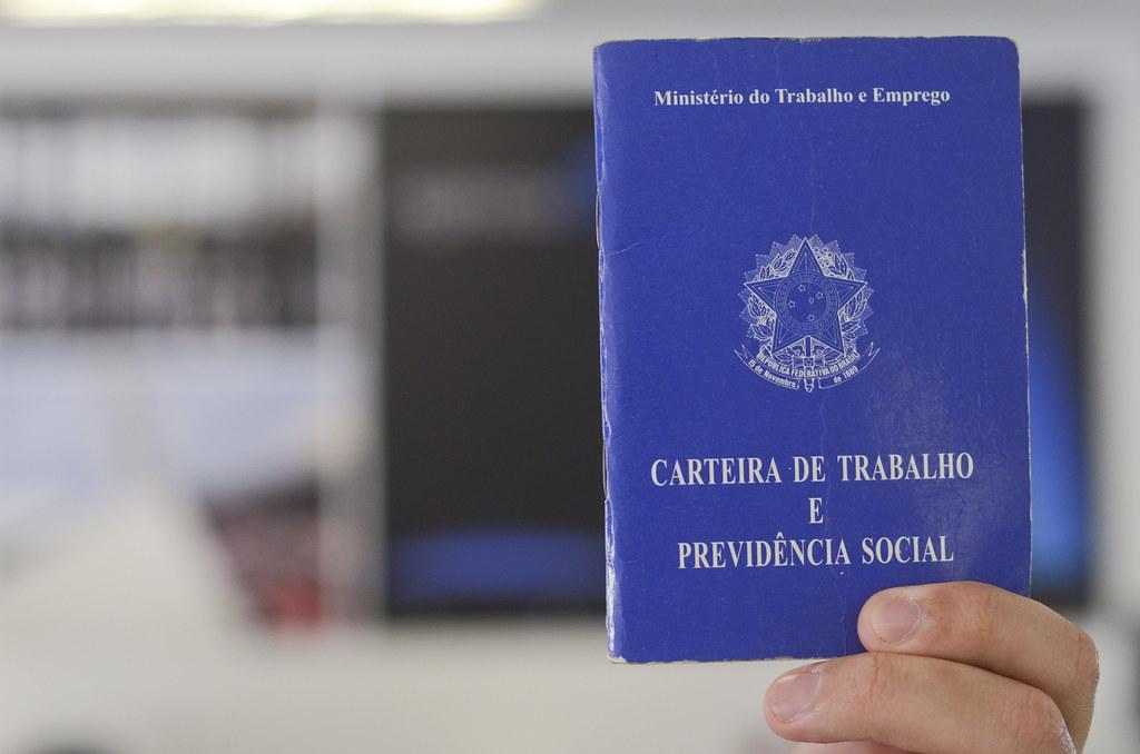 9 milhões perderam trabalho no pico da pandemia, diz IBGE
