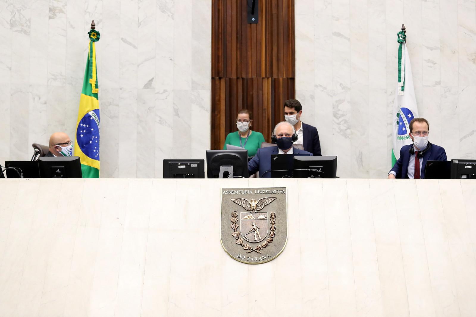 Ademar Traiano é reeleito presidente da ALEP