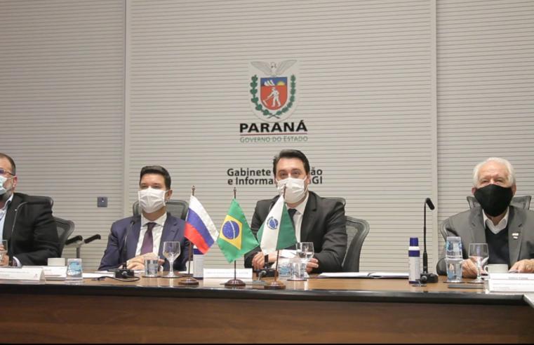 Governo do Paraná assina memorando técnico com a Rússia para estudar vacina