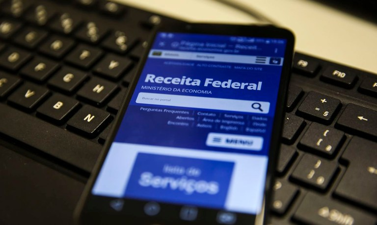 Receita Federal abre nesta quarta-feira (23), consulta ao 5º lote de restituição do IRPF 2020