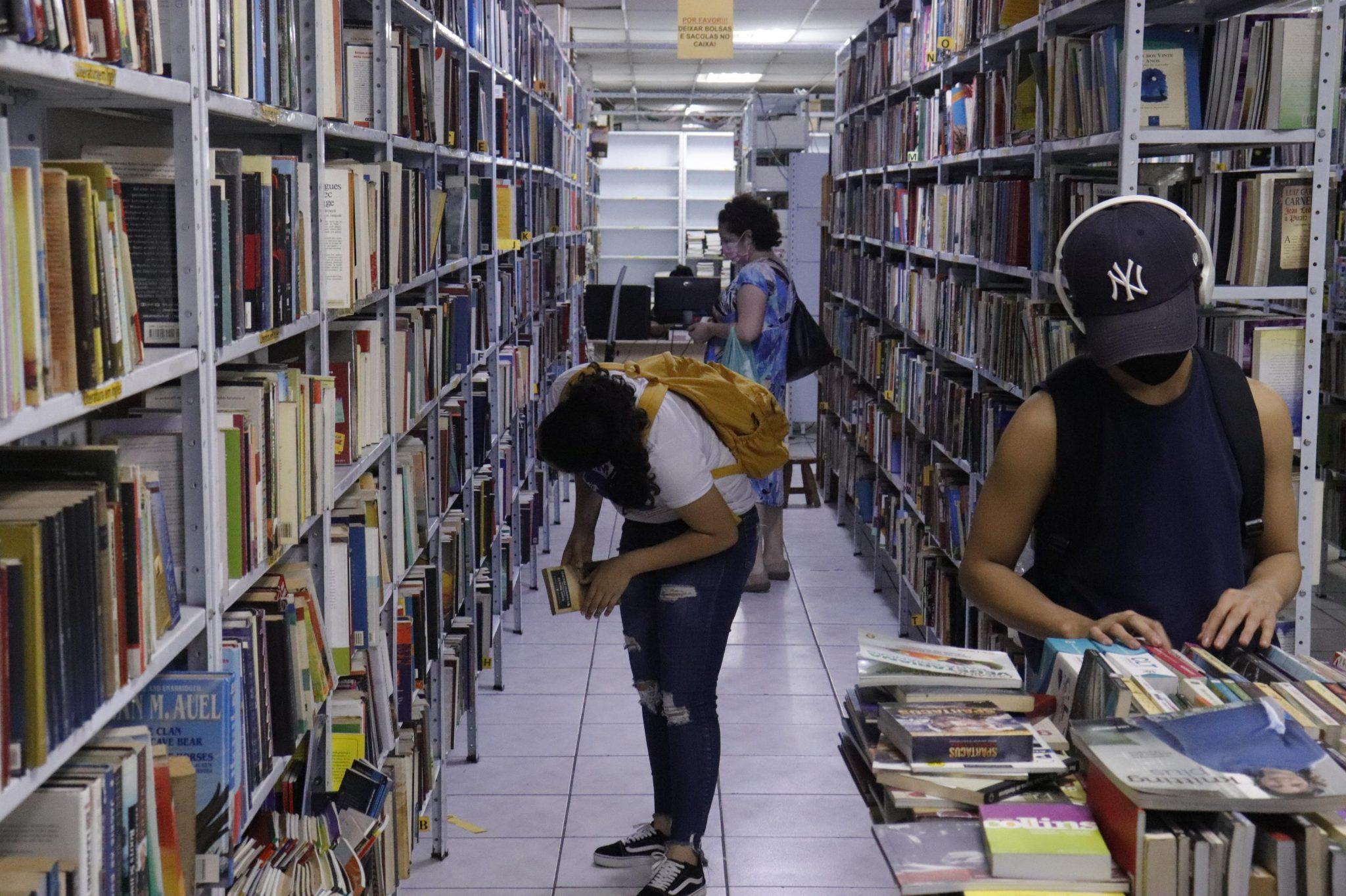 Ricos são os que mais deixaram de ler no Brasil desde 2015