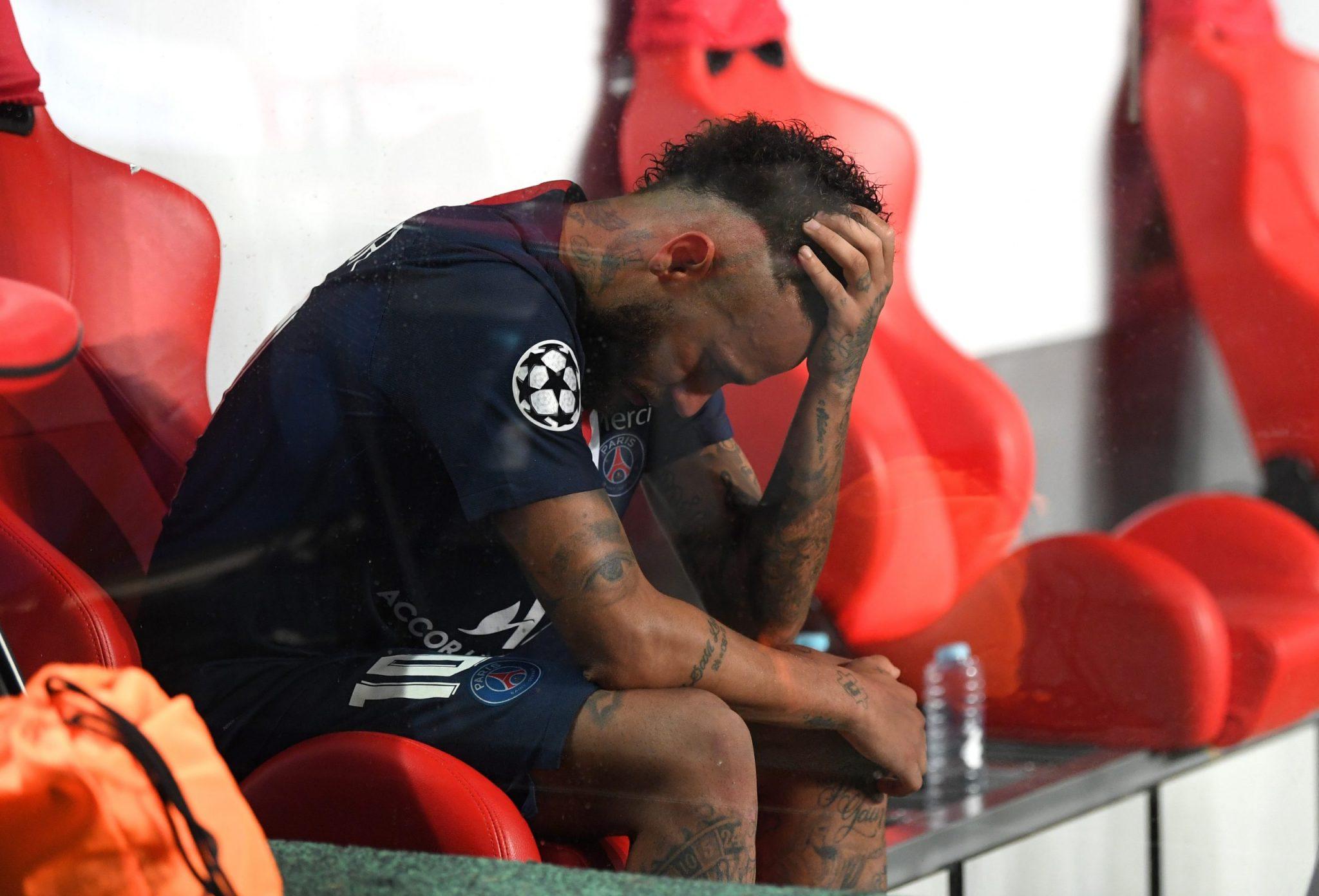 Leonardo minimiza casos de Neymar e outros do PSG infectados com covid