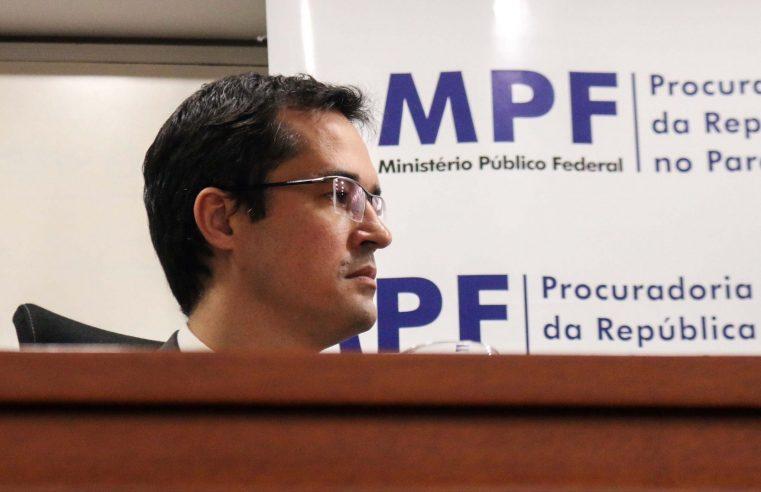 Conselho forma maioria para punir Deltan por tuítes contra Renan Calheiros