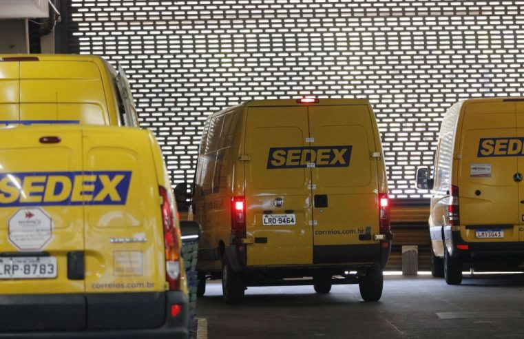 Ministro diz que 5 empresas de varejo e logística têm interesse em comprar Correios