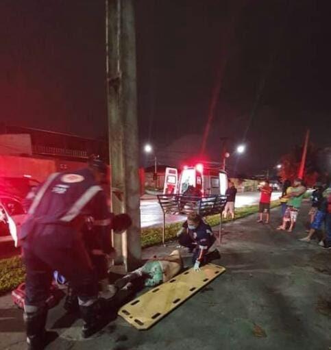 Homem é alvejado por vários disparos de arma de fogo na Vila Alboit, em Paranaguá