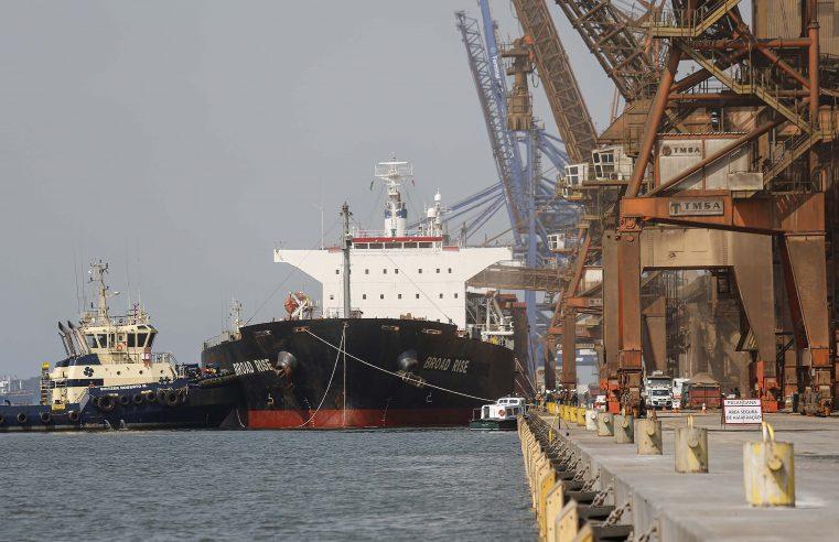 Portos do Paraná registra aumento de 28% na movimentação de cargas em setembro