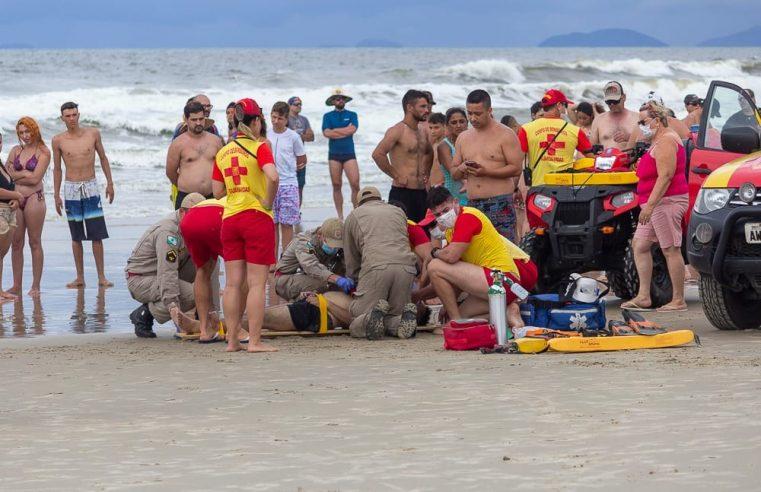 Homem de 23 anos morre afogado em Guaratuba, na tarde deste domingo (27)