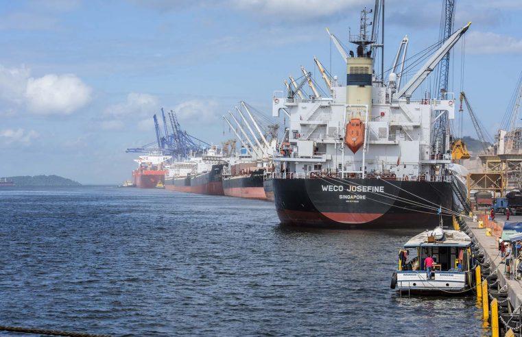 Série de recordes consolida bom ano dos portos do Paraná