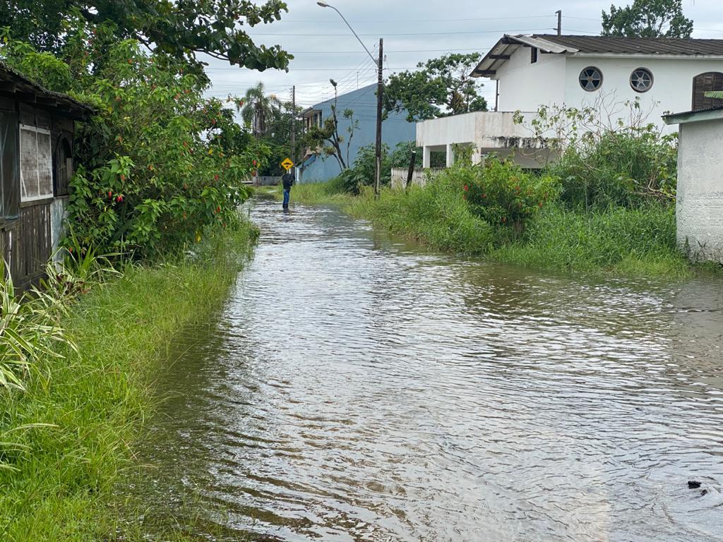 Corpo de Bombeiros realiza balanço dos atendimentos  no litoral durante as fortes chuvas deste sábado (23)