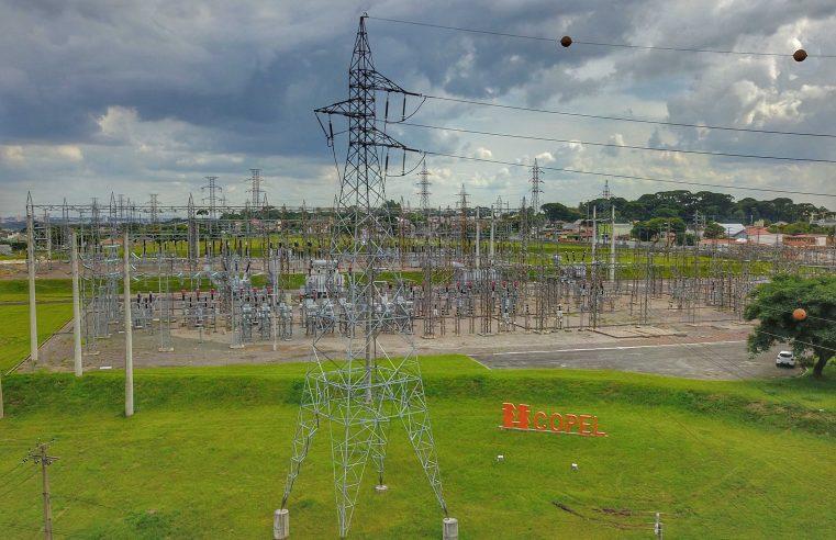 Copel realiza desligamento programado em alguns endereços para manutenção da rede de distribuição de energia. Veja se o seu endereço terá interrupção temporária no fornecimento de energia