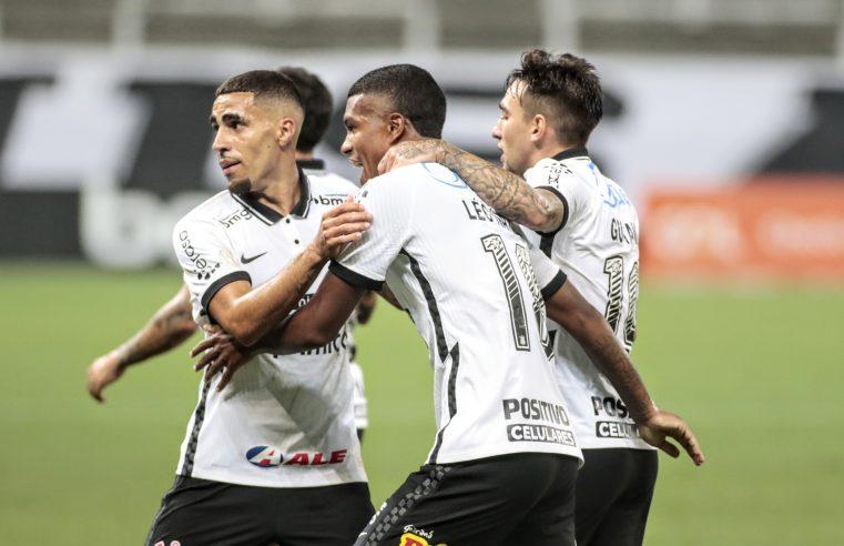 Corinthians vira sobre Ceará e sonha com Libertadores