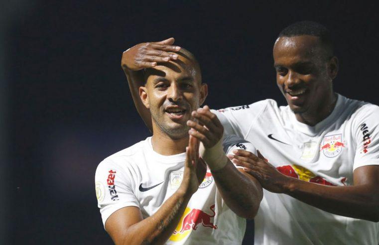 Bragantino vence Atlético-GO e sobe na tabela do Brasileiro