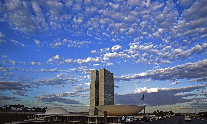 Cronograma das reformas está acertado, dizem Lira e Guedes