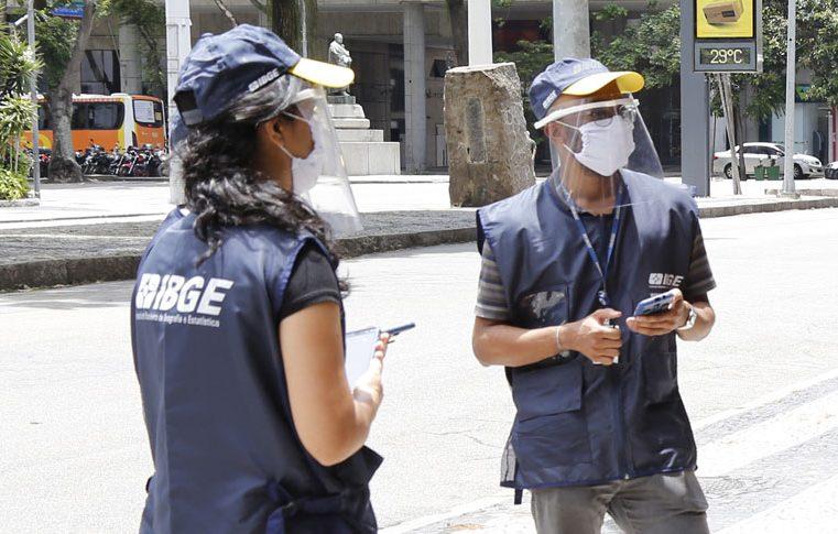 IBGE abre inscrições para 180 mil vagas de recenseador