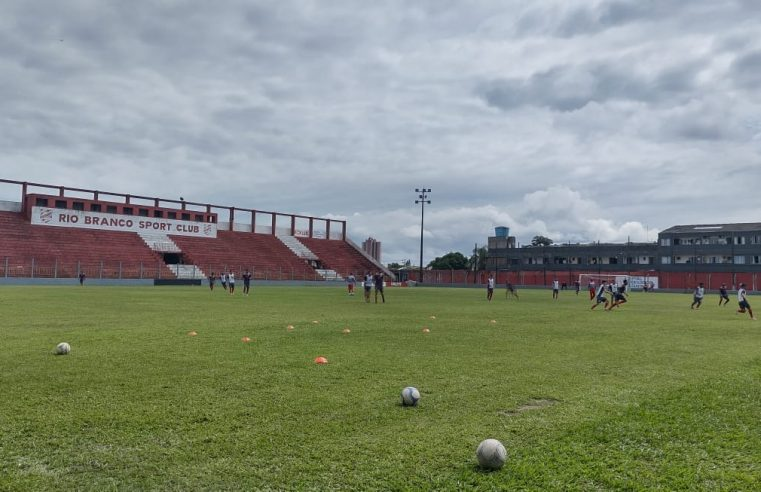 Rio Branco faz jogo treino pensando no Paranaense de 2021