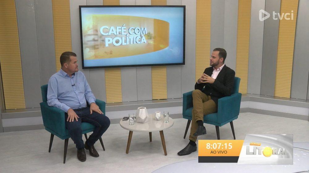 Prefeito de Paranaguá, Marcelo Roque, participou do programa Bom Dia Litoral e conversou com o Pierre Andrade sobre o andamento da vacinação contra a Covid-19 no município