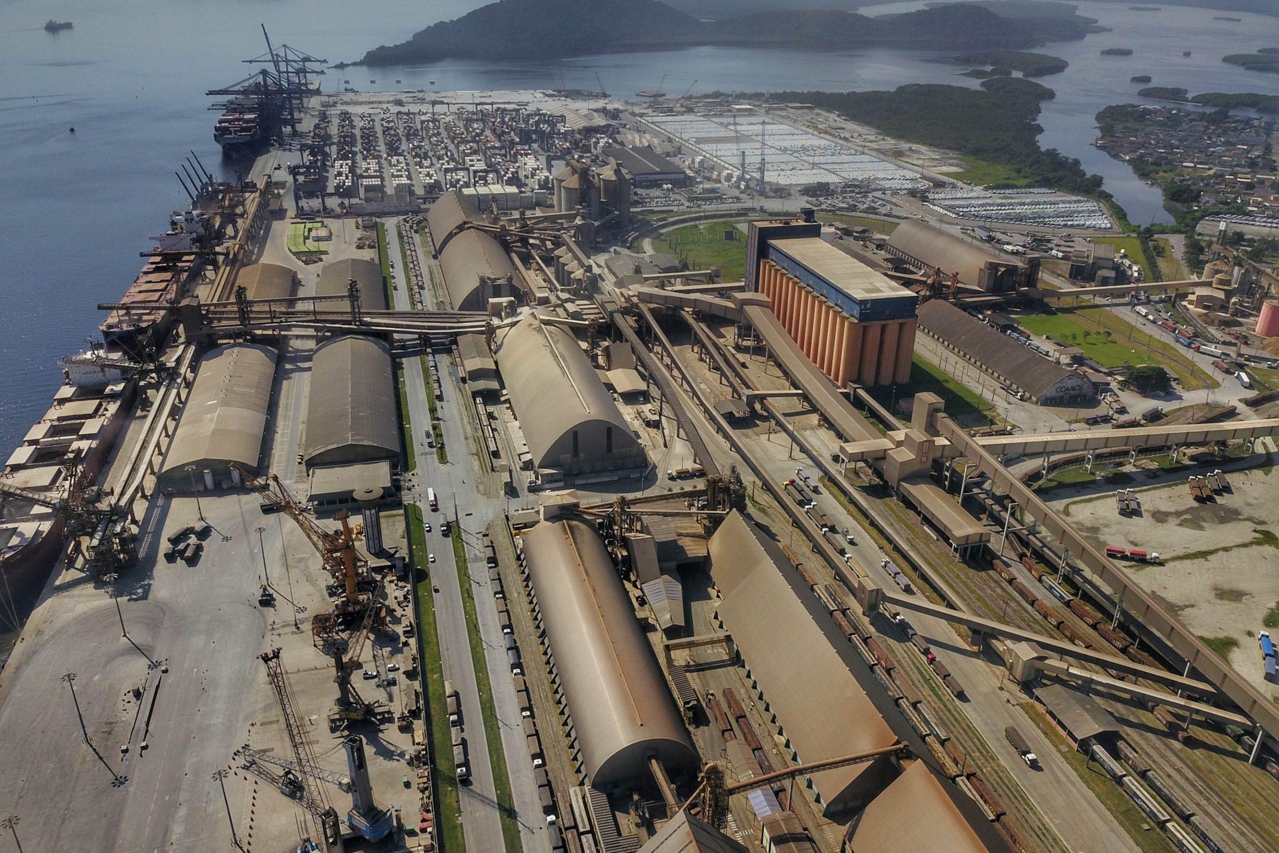 Porto de Paranaguá completa 86 anos de olho no futuro