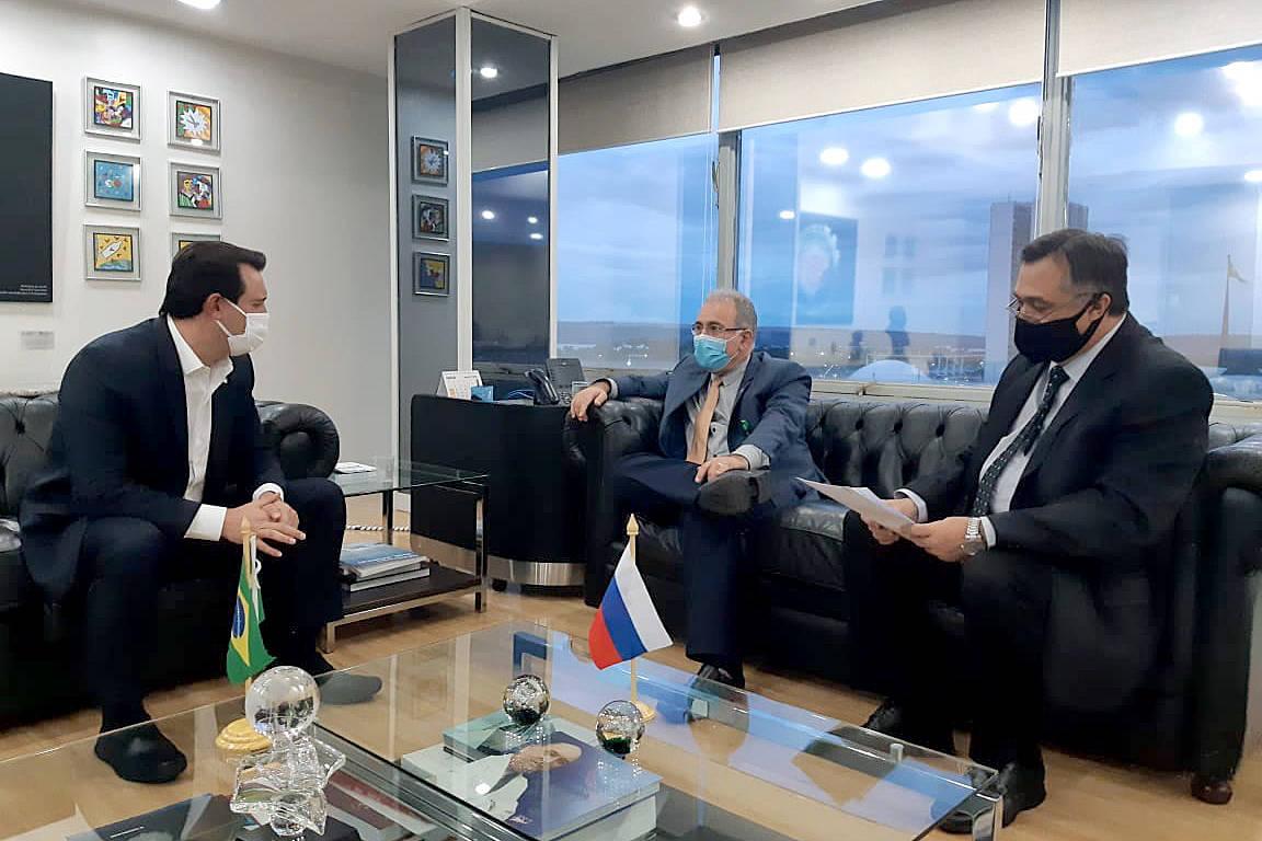 Governador se reúne com ministro da Saúde e pede mais vacinas e reedição de lei emergencial