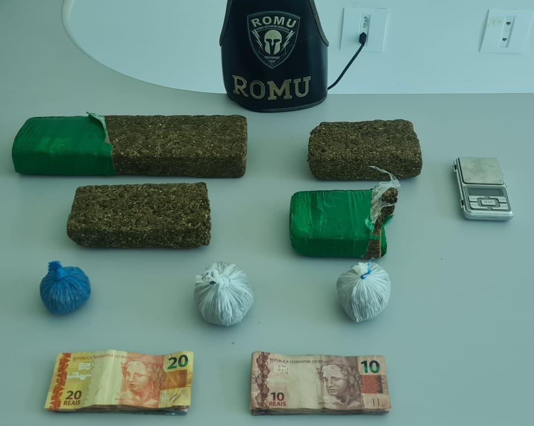 Homem é preso suspeito de tráfico de drogas na Vila Cruzeiro