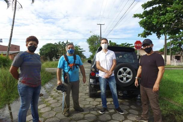 Câmara de Vereadores e Prefeitura organizam mutirão de roçada em Pontal do Paraná