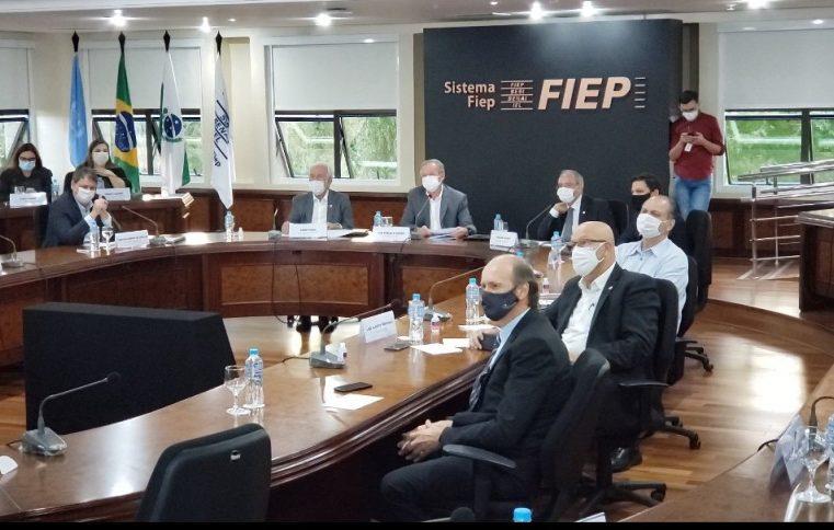 Primeiro secretário da Assembleia mostra ao ministro da Infraestrutura a posição da sociedade sobre concessões