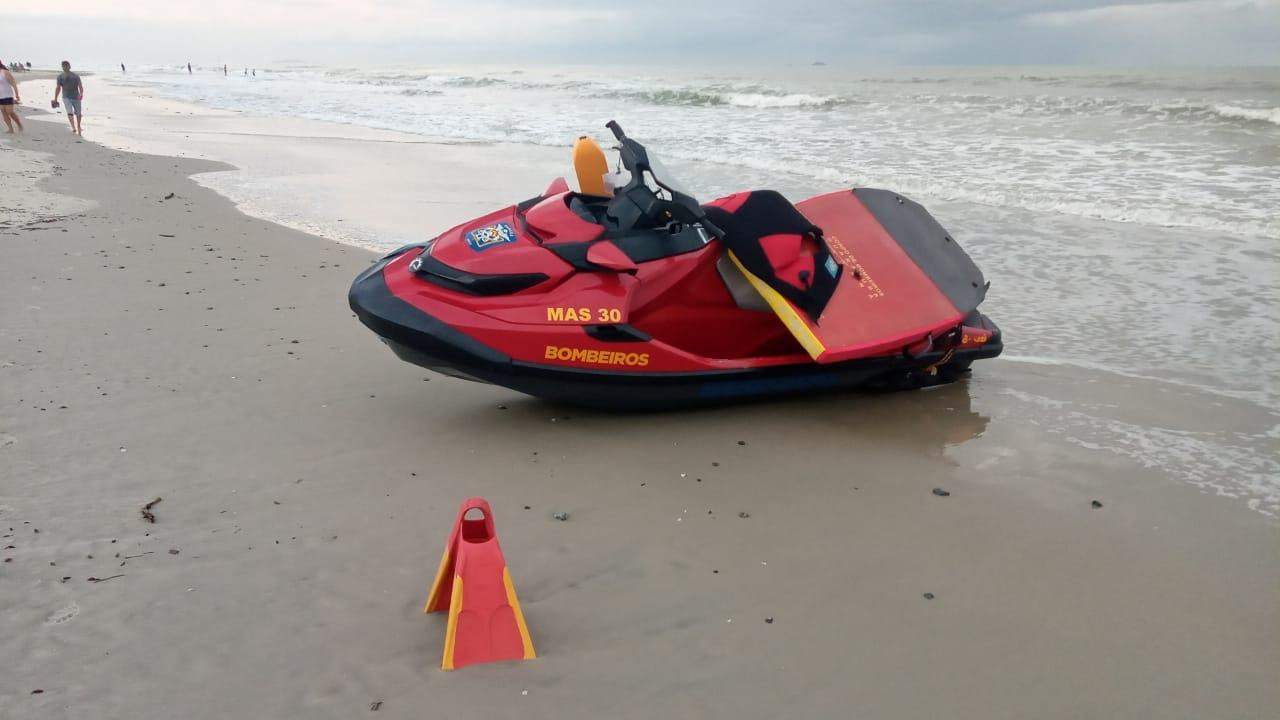 Fatalidade: dois jovens se afogam e um entra em óbito no balneário Praia Grande, em Matinhos