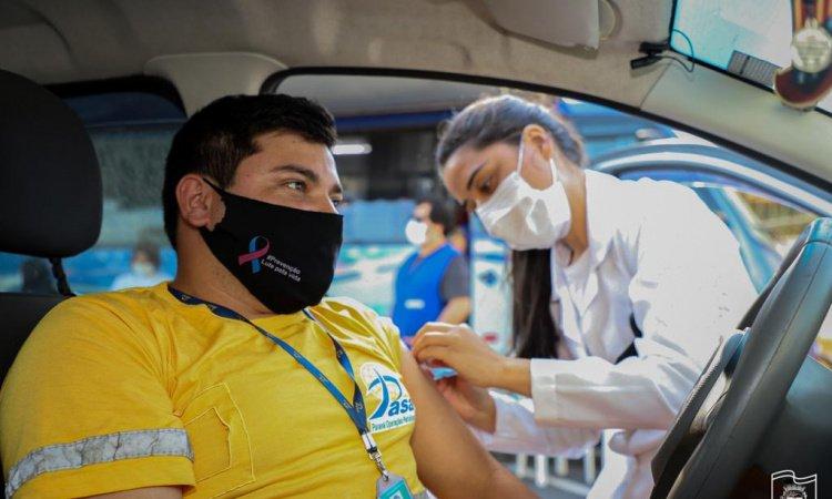 Covid-19: vacinação em portuários continua neste sábado em Paranaguá