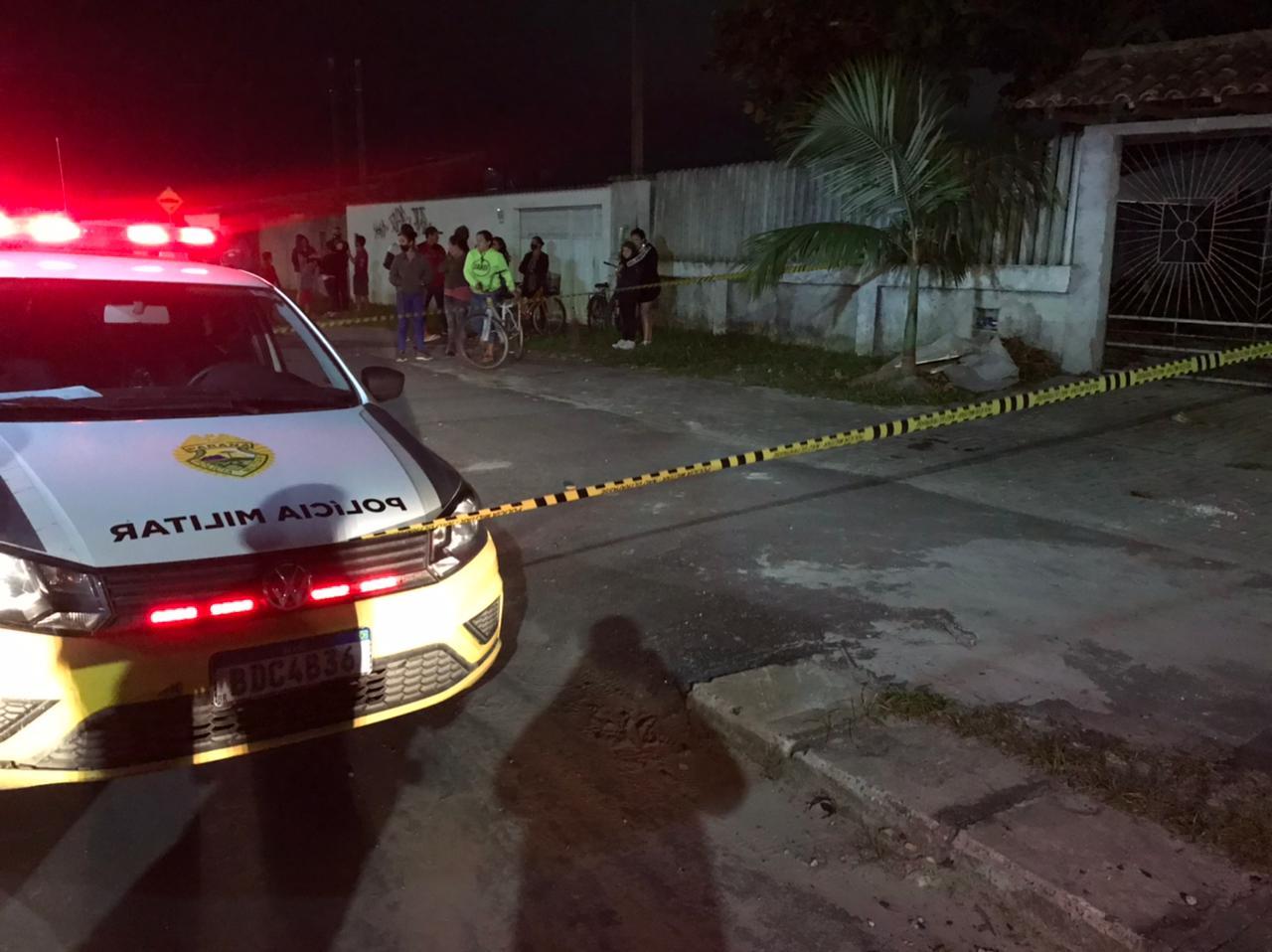 Jovem de 28 anos é morto a tiros em Paranaguá