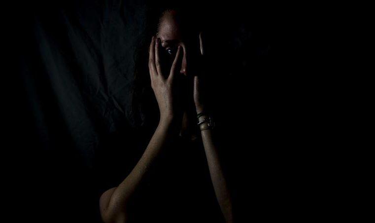 Duas mulheres são vítimas de violência doméstica no litoral durante o final de semana
