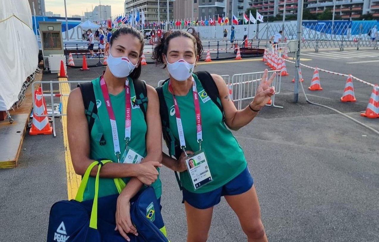 Dupla feminina de vôlei de praia chega a Vila Olímpica; primeiro jogo acontece na próxima sexta-feira (23)