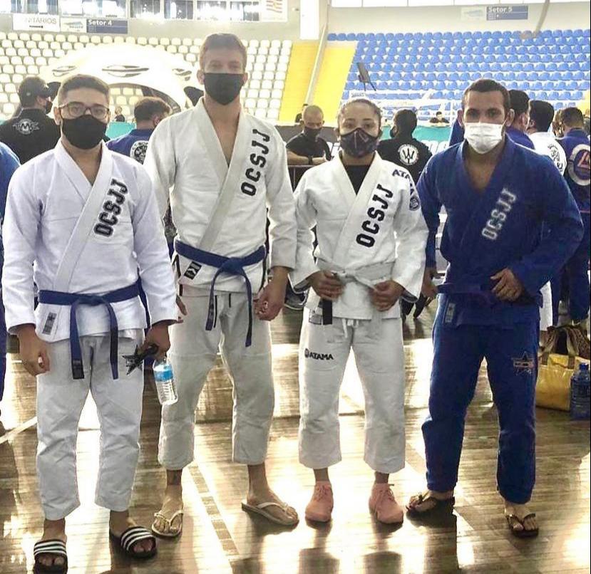 Atletas de Paranaguá e Matinhos se destacam em competição de Jiu-Jitsu, em Santa Catarina