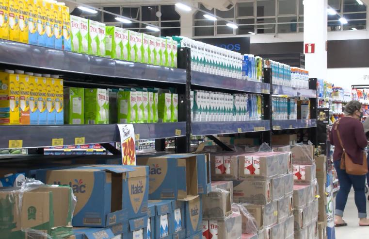 Após feijão com arroz, café com leite também deve ficar mais caro para o brasileiro