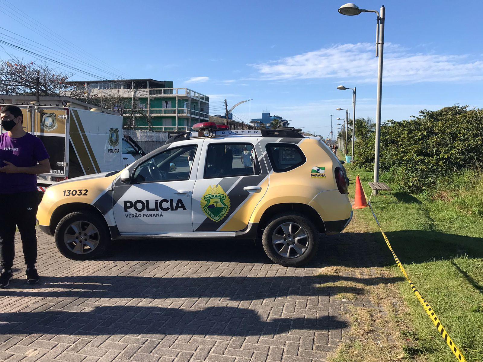 Suspeito de assalto reage a abordagem policial e é morto, em Pontal do Paraná