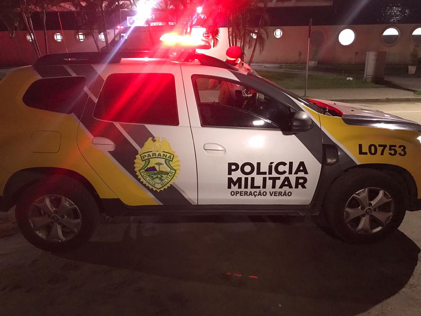 Homem é baleado na frente de casa no Jardim Iguaçu, em Paranaguá