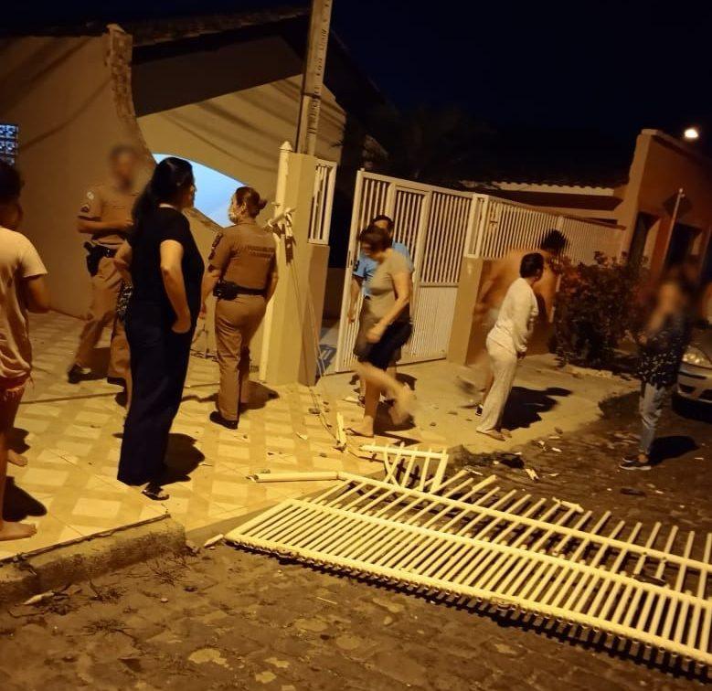 PM prende suspeitos de assaltarem residência em Antonina