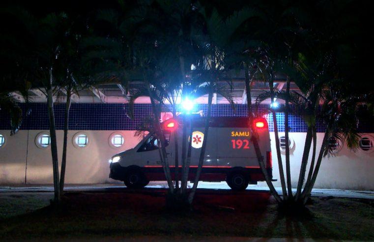 Tentativa de homicídio: homem baleado chama táxi e procura por atendimento médico, em Paranaguá