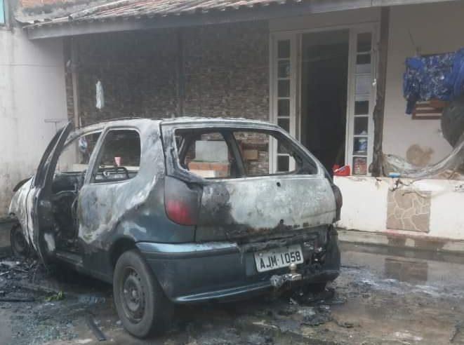 Policial militar resgata três pessoas que estavam encurraladas em um incêndio, em Paranaguá